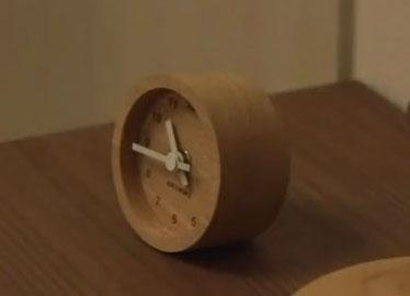 カトモク 置き時計