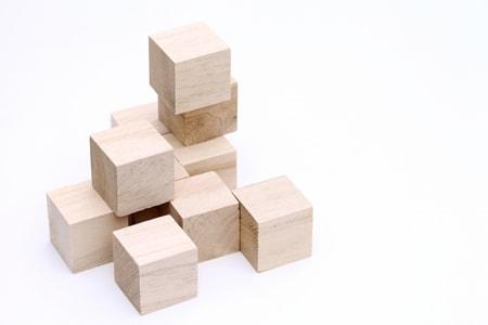 積み木遊び 知育玩具