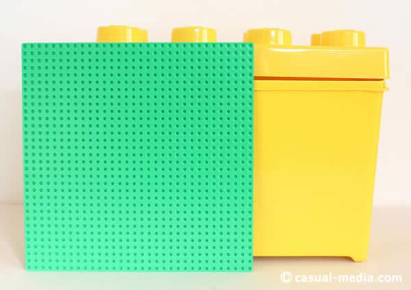 レゴクラシック10698のイエローボックスと基礎版のサイズ比較
